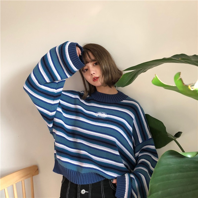 E-girl Striped pullover with loose sleeves 43