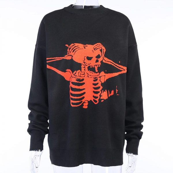 Oversized sweater with skull pattern 5