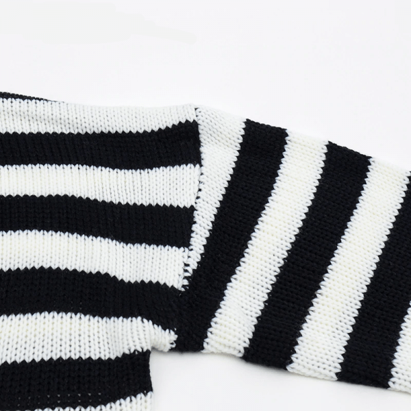 Striped oversize cropped Sweater 13