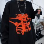 Oversized sweater with skull pattern 2