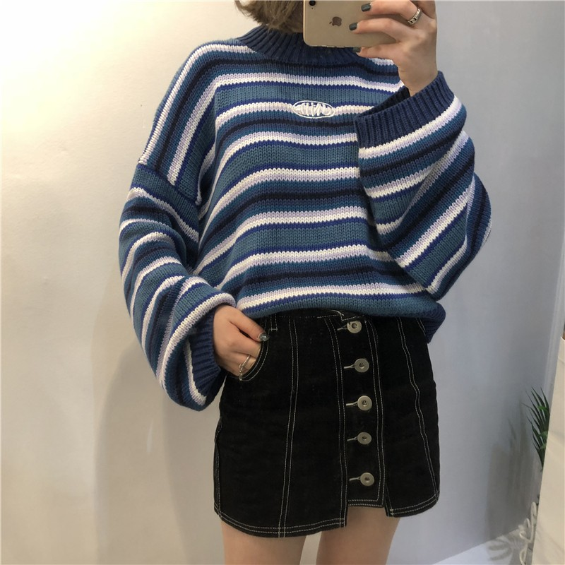 E-girl Striped pullover with loose sleeves 42