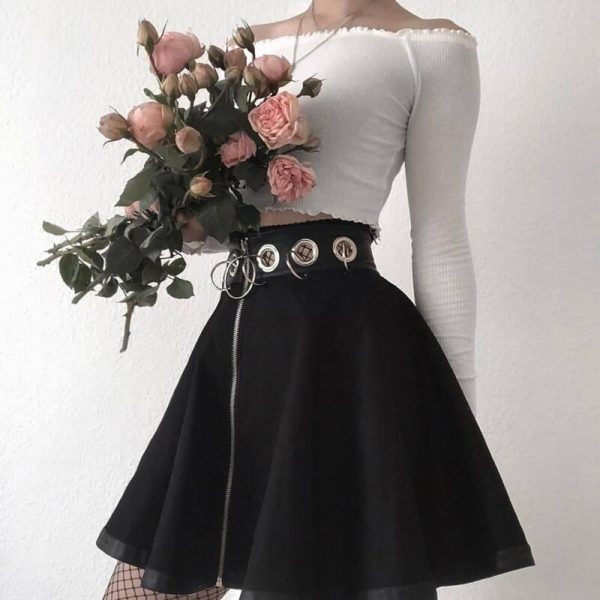 Black Mini Skirts with  Rings and Zipper 4