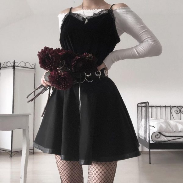 Black Mini Skirts with  Rings and Zipper 14