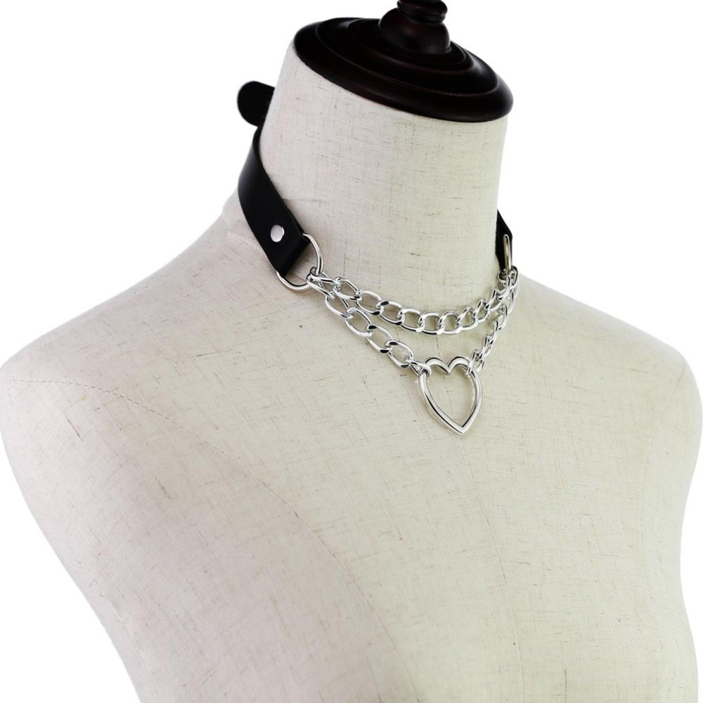 Choker with Heart and chains E-girl 43