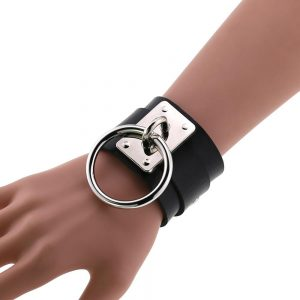 Leather Wristband with ring 1