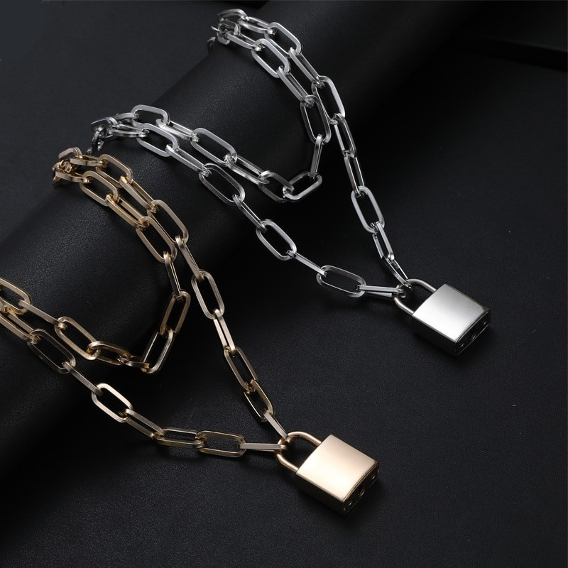 Multilayer Chain Necklace With A Padlock Pendant_3 44
