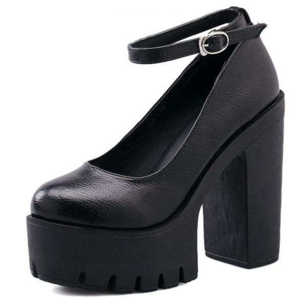 High-heeled platform shoe 7