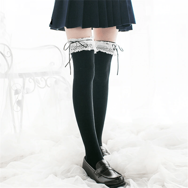 Lace Top High Socks Over Kne 2