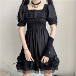 Harajuku Dark Style Dress with Vintage Square Collar and Puff Sleeves  3