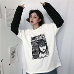T-shirt with Japanese Horror Print  3