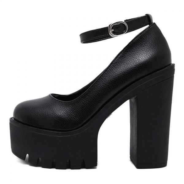 High-heeled platform shoe 2