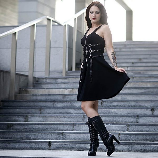 Dress with belts eyelet and zipper 4
