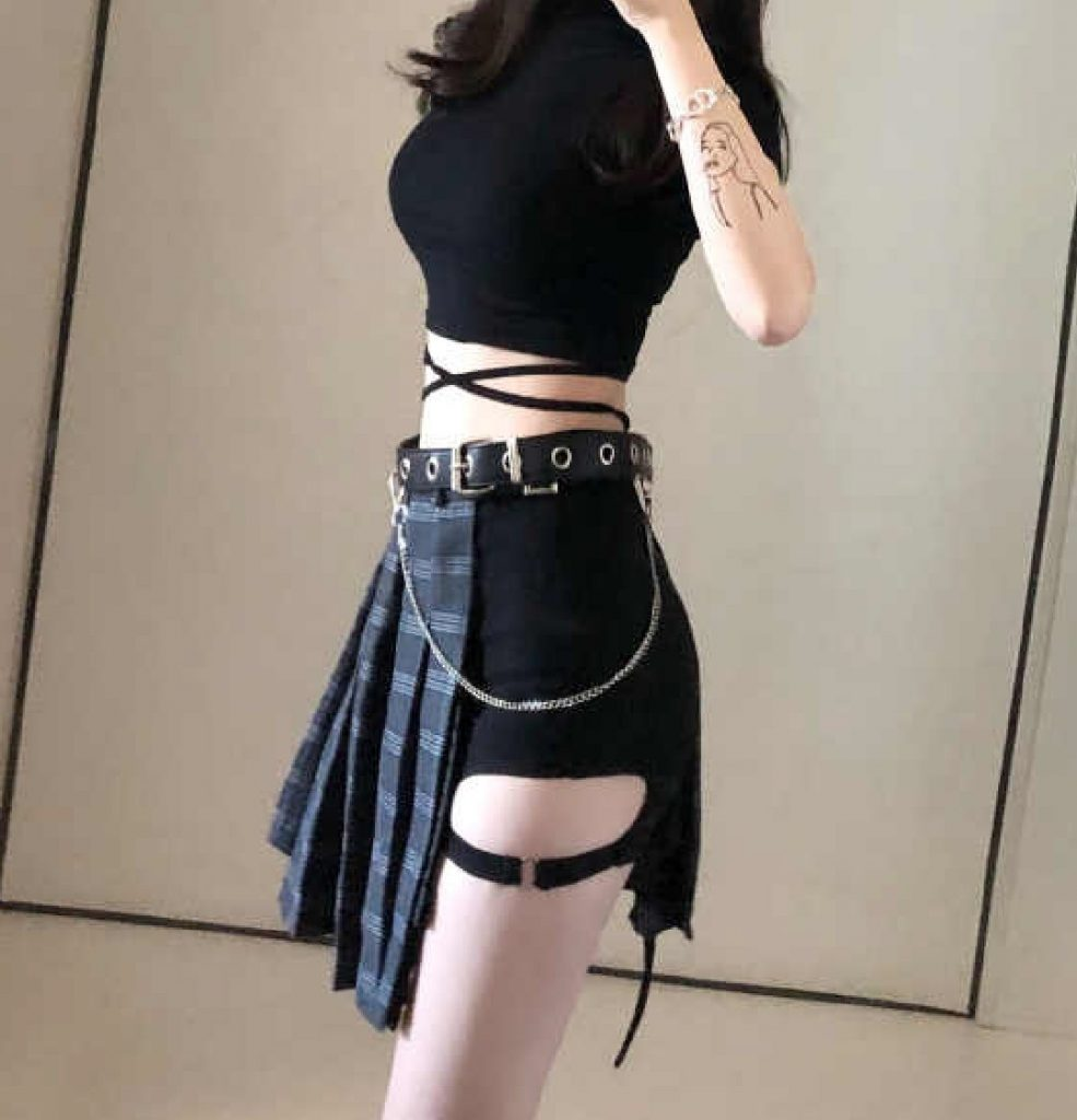 E-girl pleated open skirt with shorts