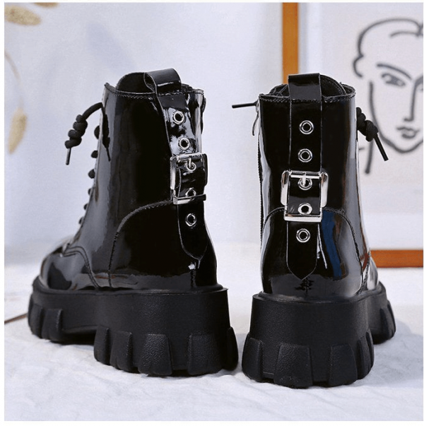 Med Heel Boots with Round Toe 21