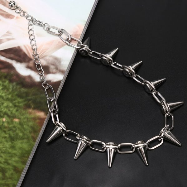 Material Choker Necklace with  Spikes 5