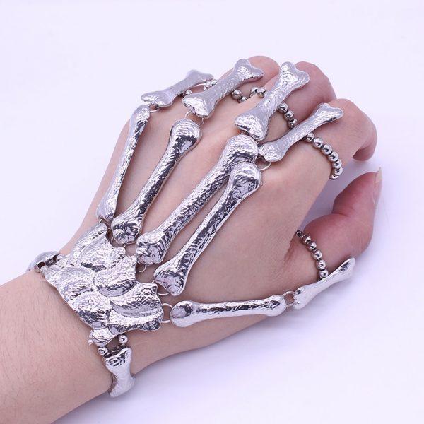 Gothic Punk Skeleton Finger Bracelet 1