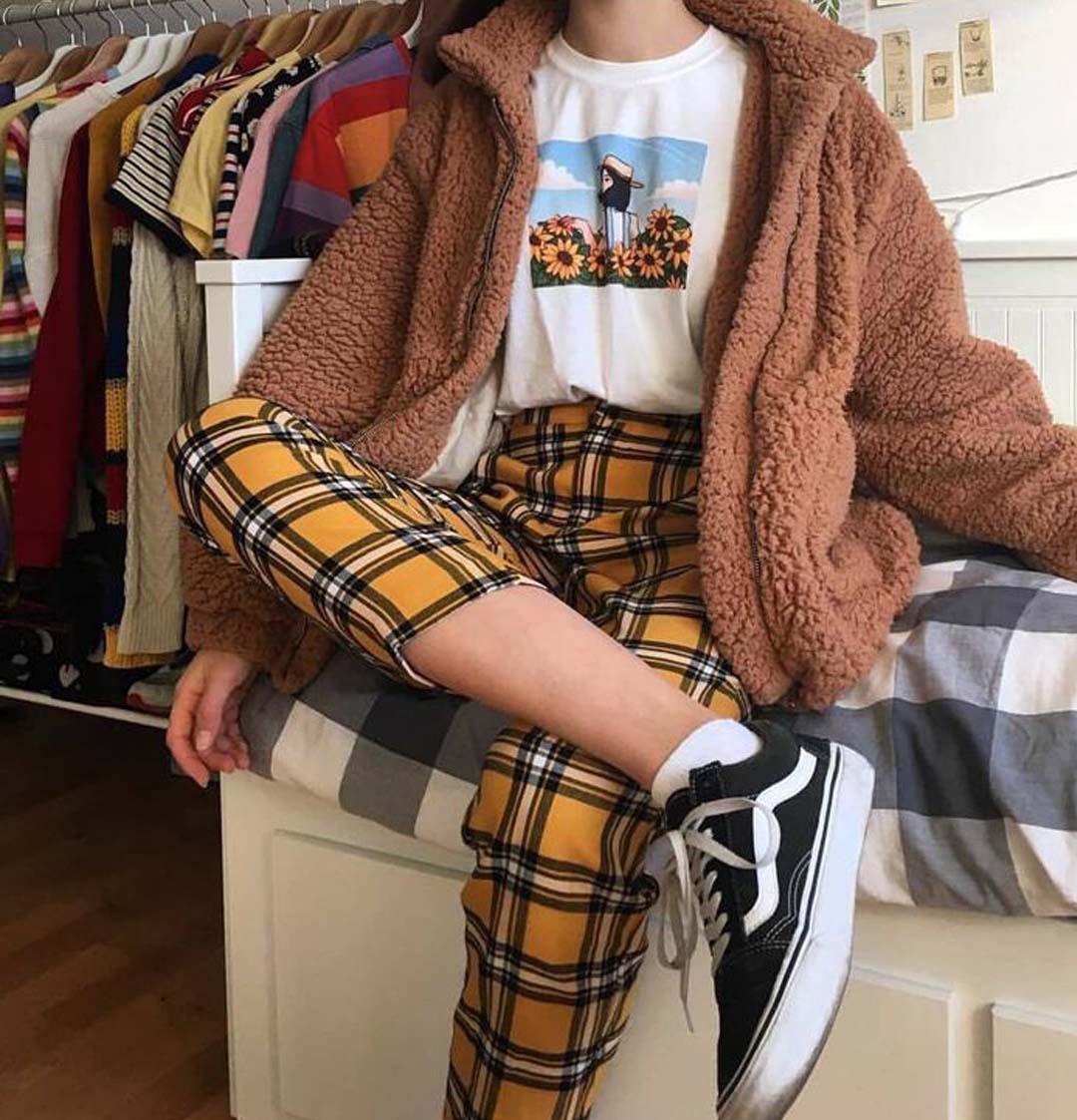 AESTHETIC STYLE: soft girl, vsco girl, soft grunge, e-girl clothing styles and others
