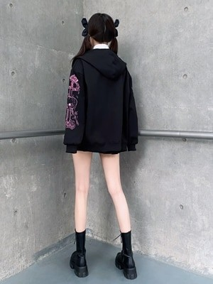 Hoodie with Gothic gothic embroidered skull 4