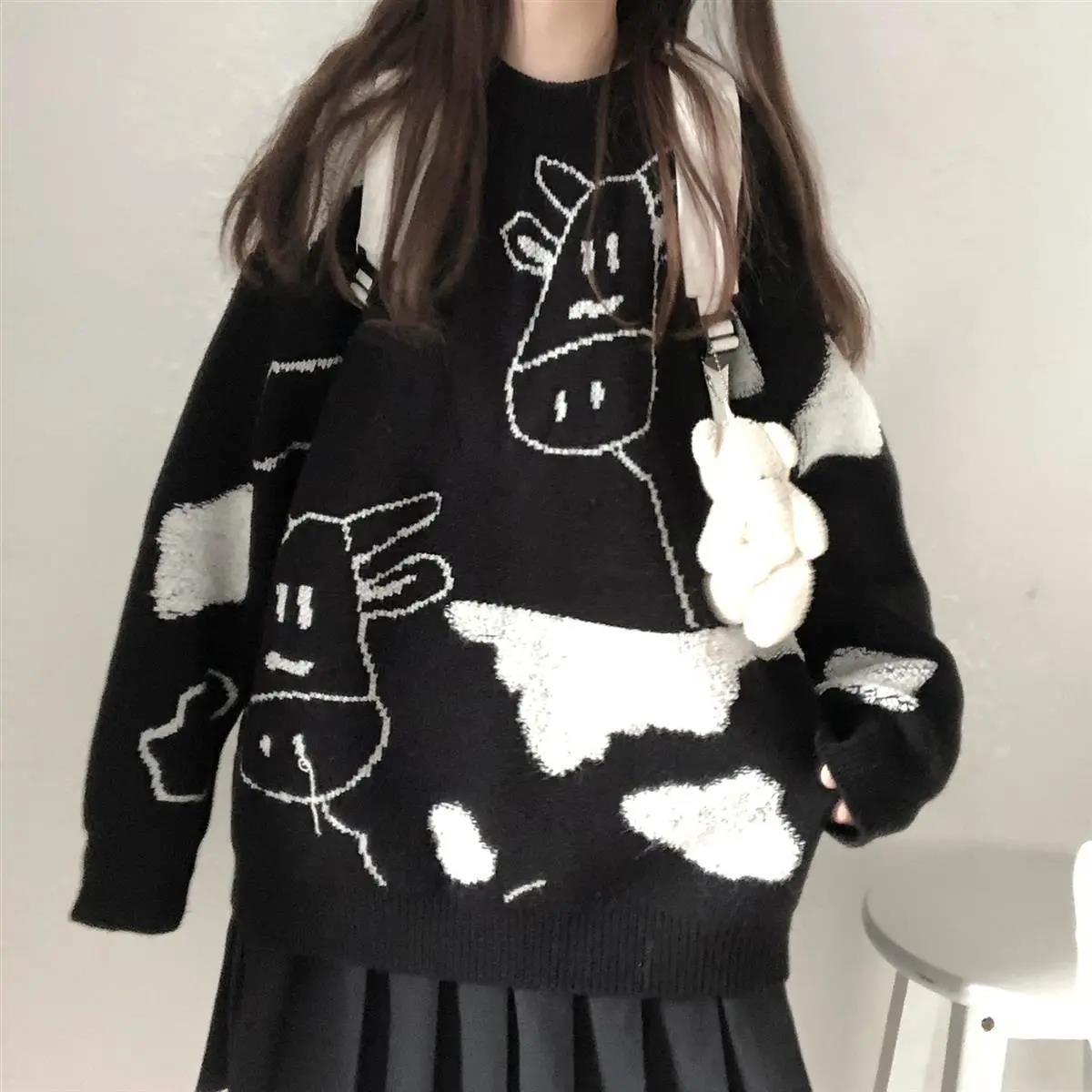 Egirl Harajuku pullover with a cow print 48