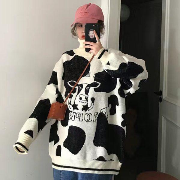 Egirl Harajuku pullover with a cow print 5