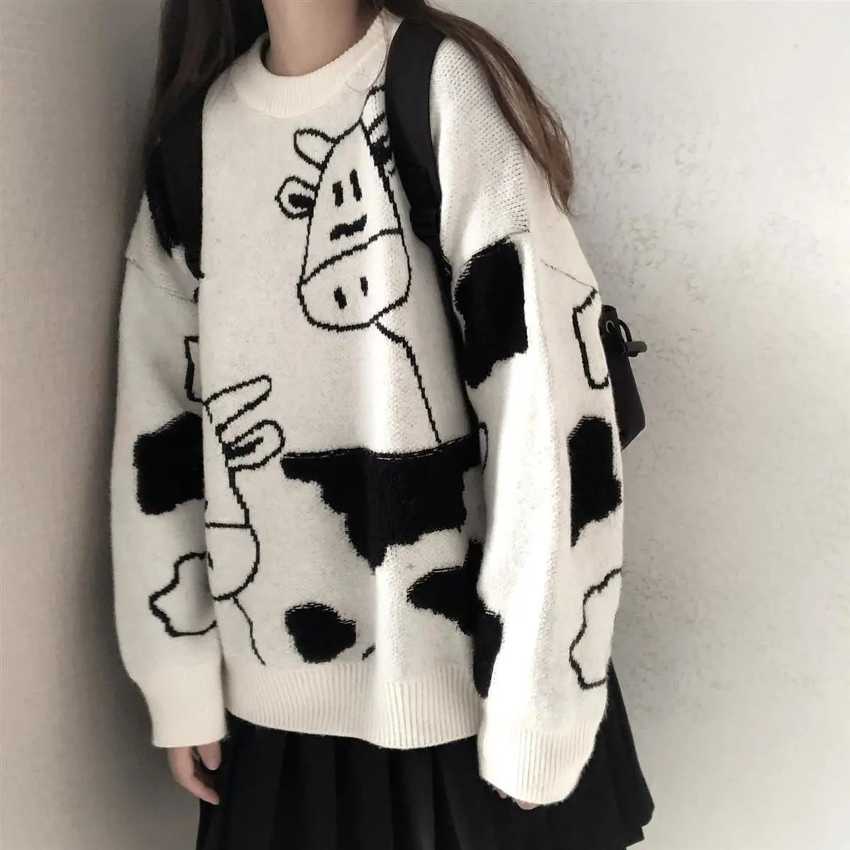 Egirl Harajuku pullover with a cow print 43