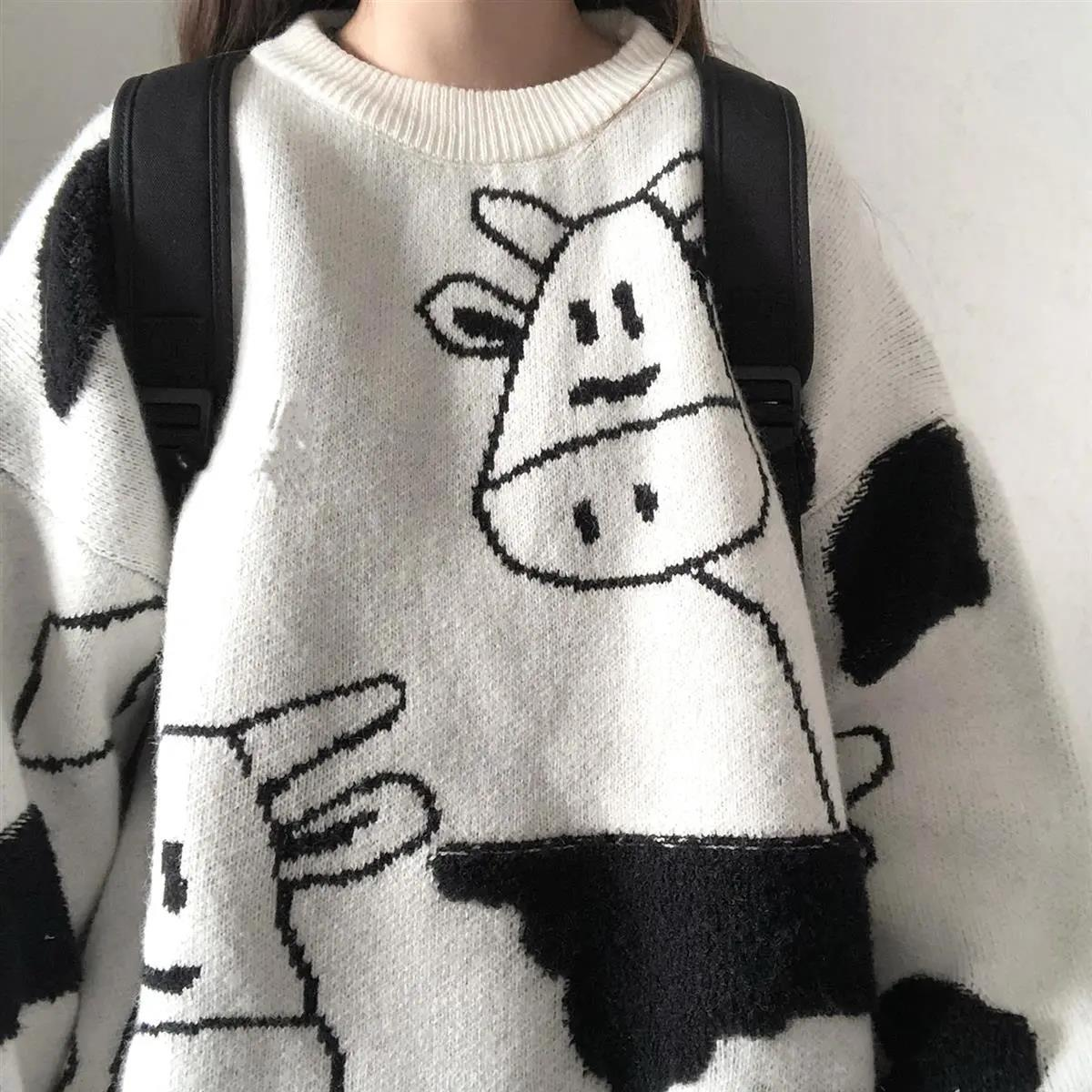 Egirl Harajuku pullover with a cow print 44