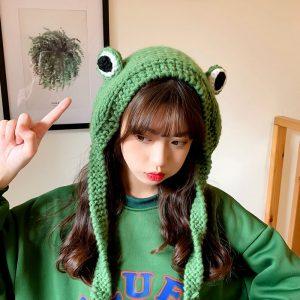 Fashion Knitted Frog Hat 1