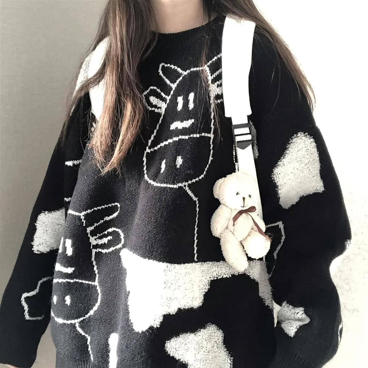 Egirl Harajuku pullover with a cow print 49