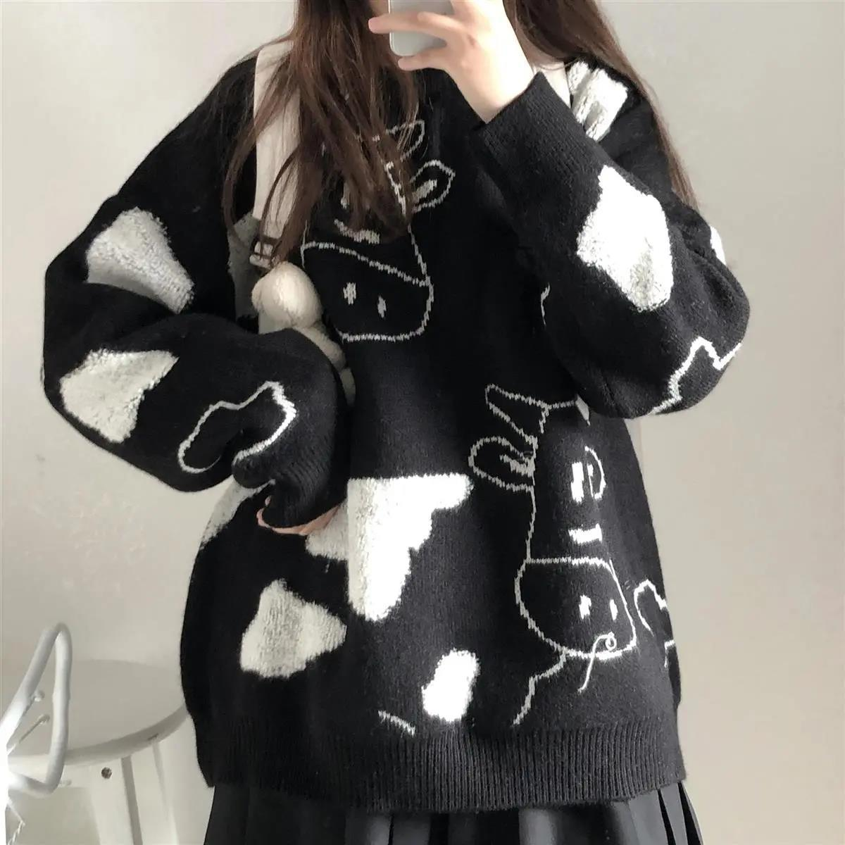 Egirl Harajuku pullover with a cow print 47