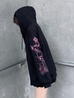 Hoodie with Gothic gothic embroidered skull 3