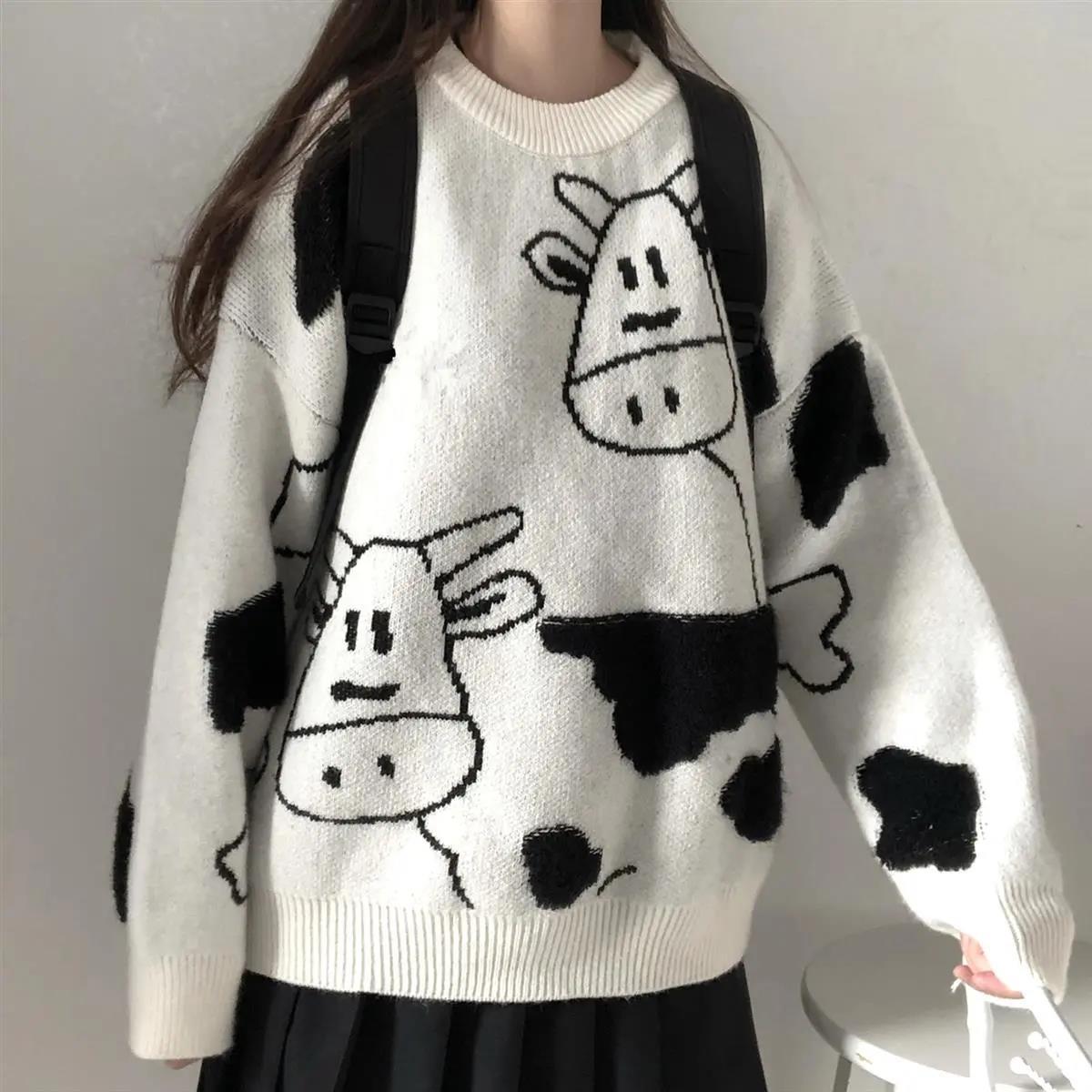 Egirl Harajuku pullover with a cow print 42