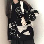 Egirl Harajuku pullover with a cow print 2