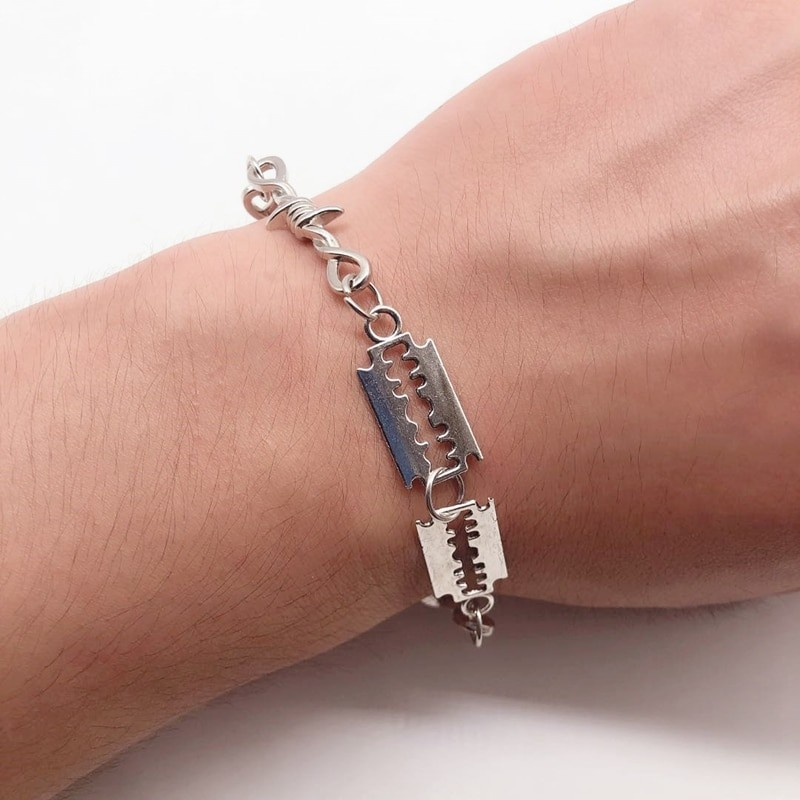 E-boy E-girl Gothic Punk Bracelet with Blades and Barbed wire 36