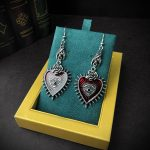 E-girl E-boy Gothic Occult Dark Drop Earring with Blood Rose Heart 2