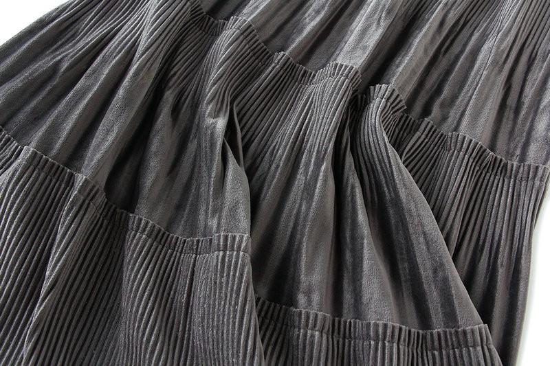 Harajuku Vintage Long Velvet Pleated Skirts 50