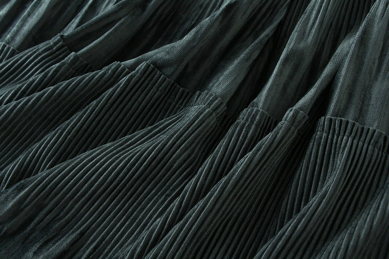 Harajuku Vintage Long Velvet Pleated Skirts 53
