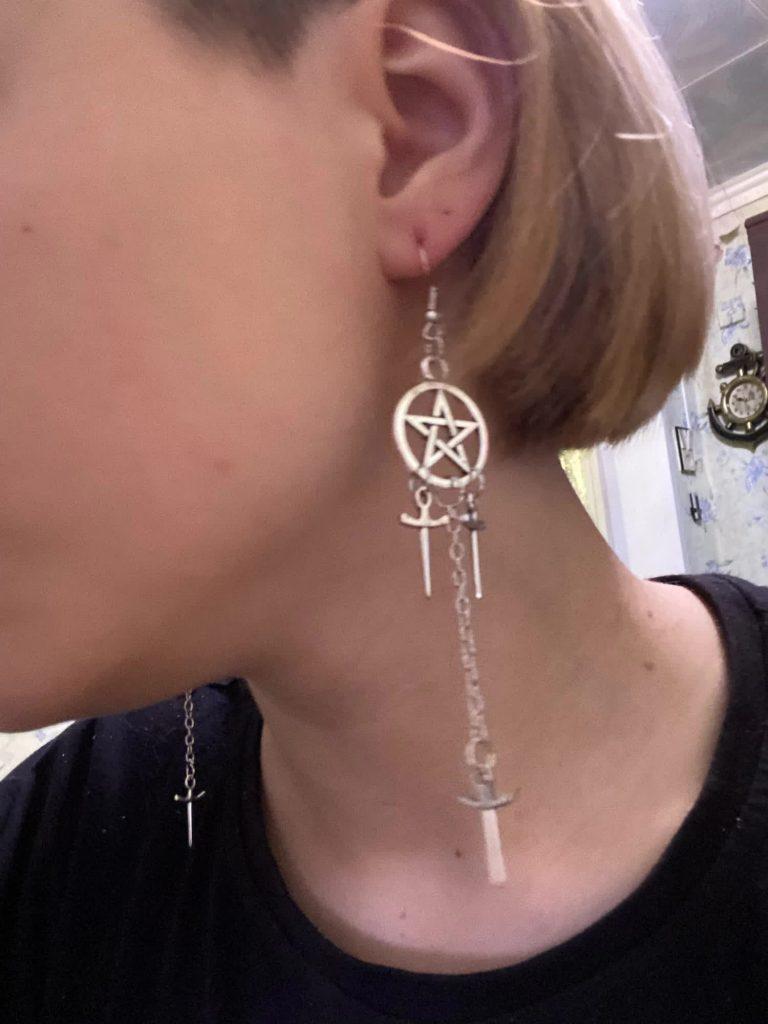Gothic E-girl E-boy Punk Pentagram Swords Earrings 48