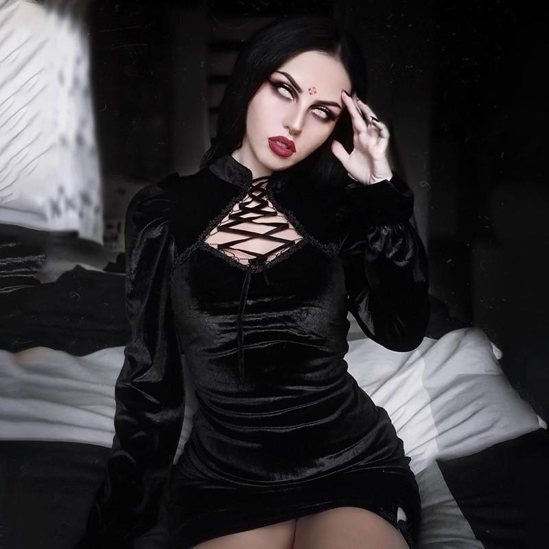 Gothic E-girl Vintage Elegant Black Velvet Dress 47